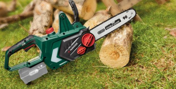 Yeovil Express: Parkside 20V Cordless Chainsaw – Bare Unit. (Lidl)