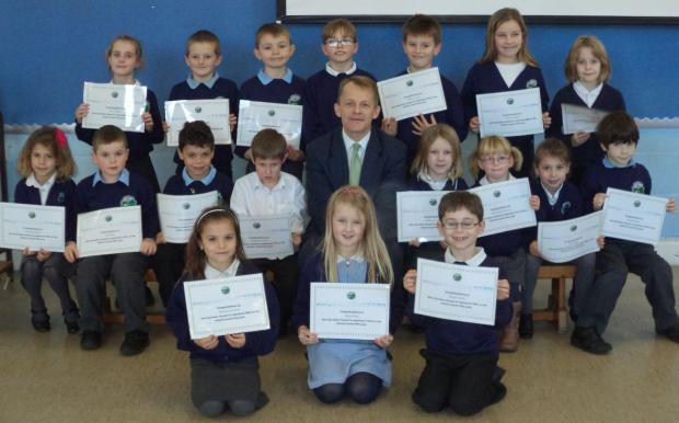 PUPILS from Greenfylde First School with David Laws MP.