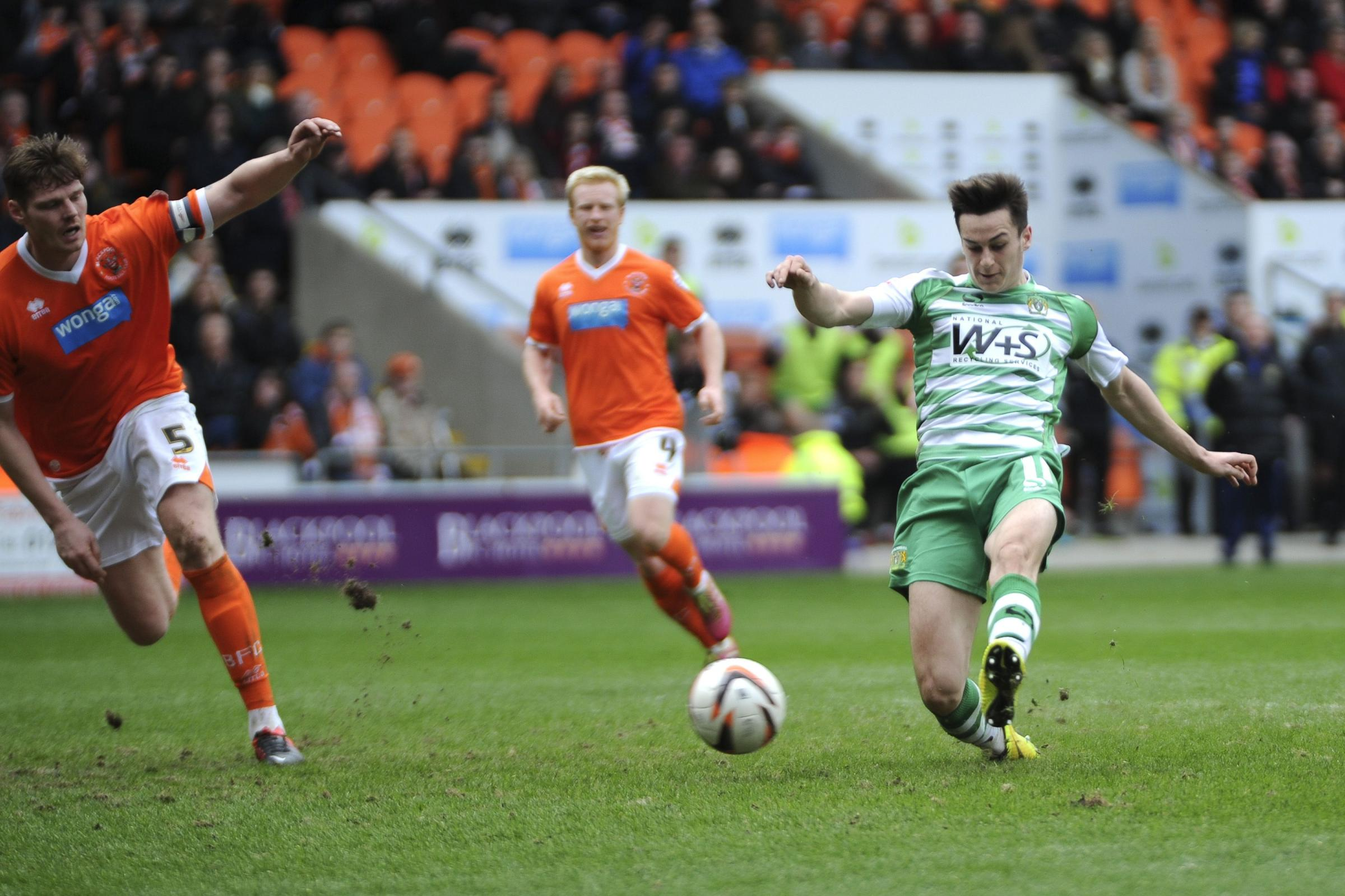 Sky Bet Championship: Blackpool 1, Yeovil Town 2