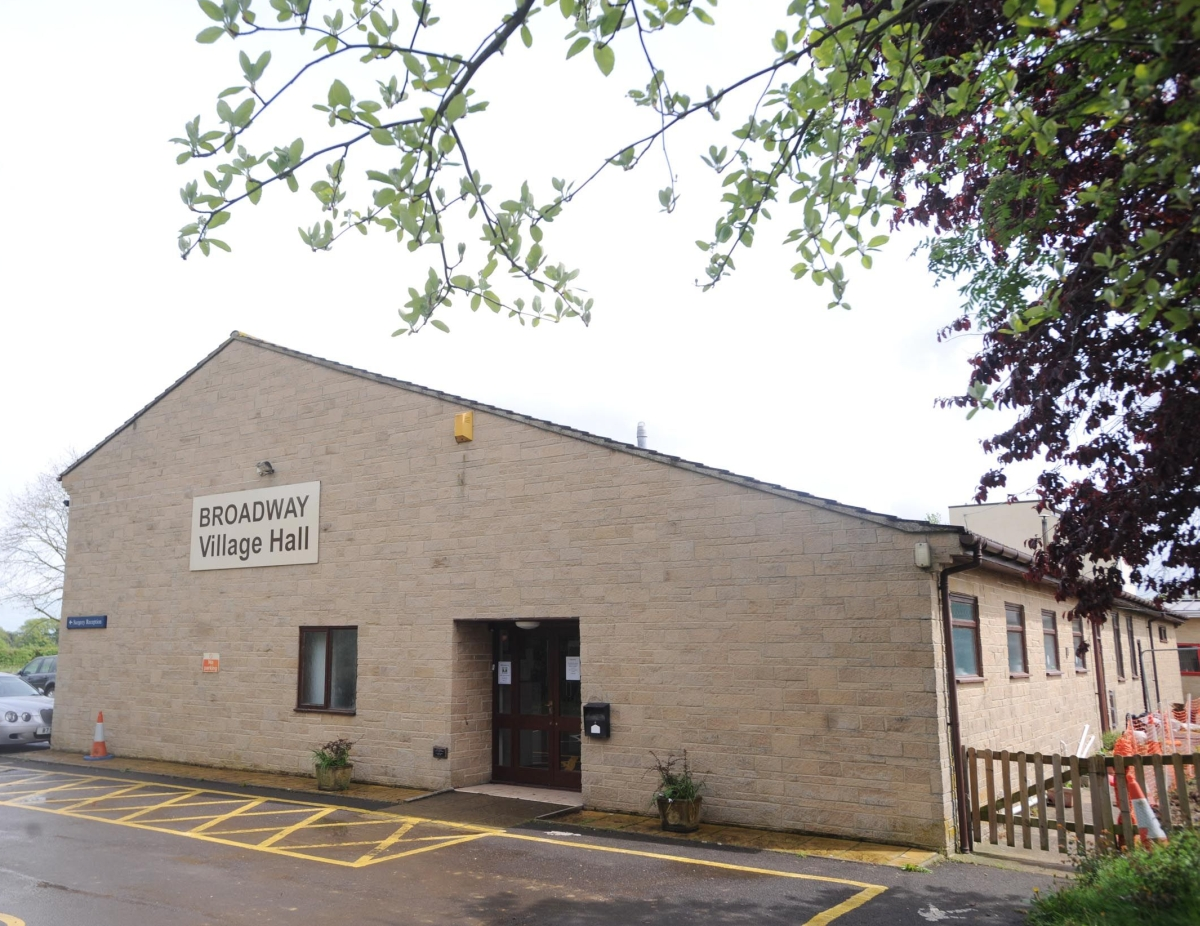 Broadway Village Hall money 'theft' probe