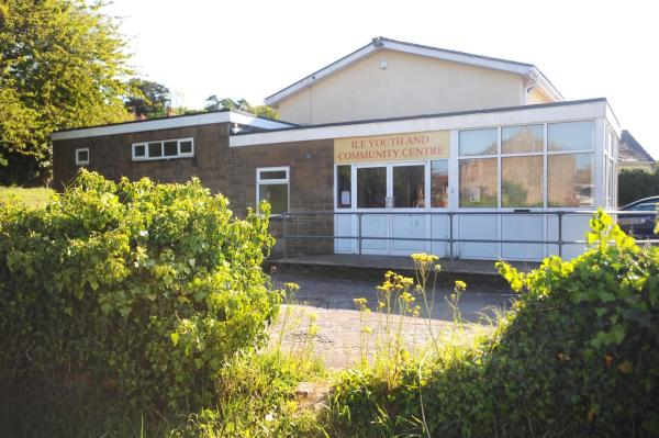 Ilminster youth centre service under threat