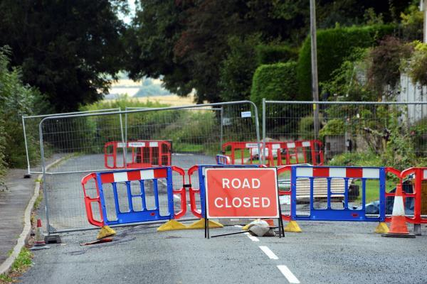 Council highways bosses defend Ilminster road closure
