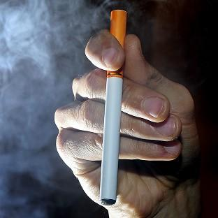 Around 54,000 lives a year could be saved if smokers switched to e-cigarettes