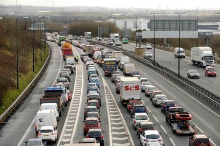 CONGESTION: Vehicles on the M4